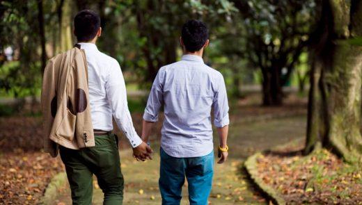 Quais são os tratamentos de reprodução assistida para casais homoafetivos