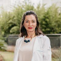 Dra. Larissa Matsumoto